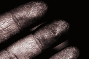House cleaning tip - Clean dirty fingerprints