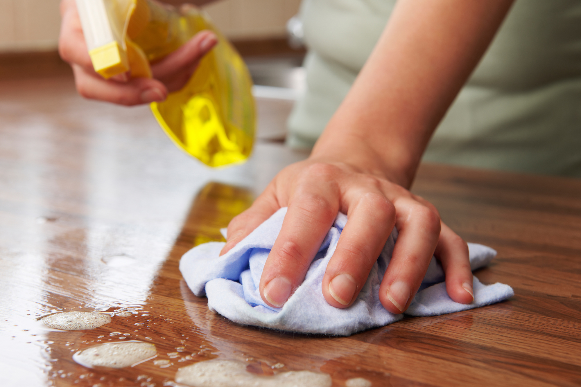 Expert Guide: How to Clean Your House Fast