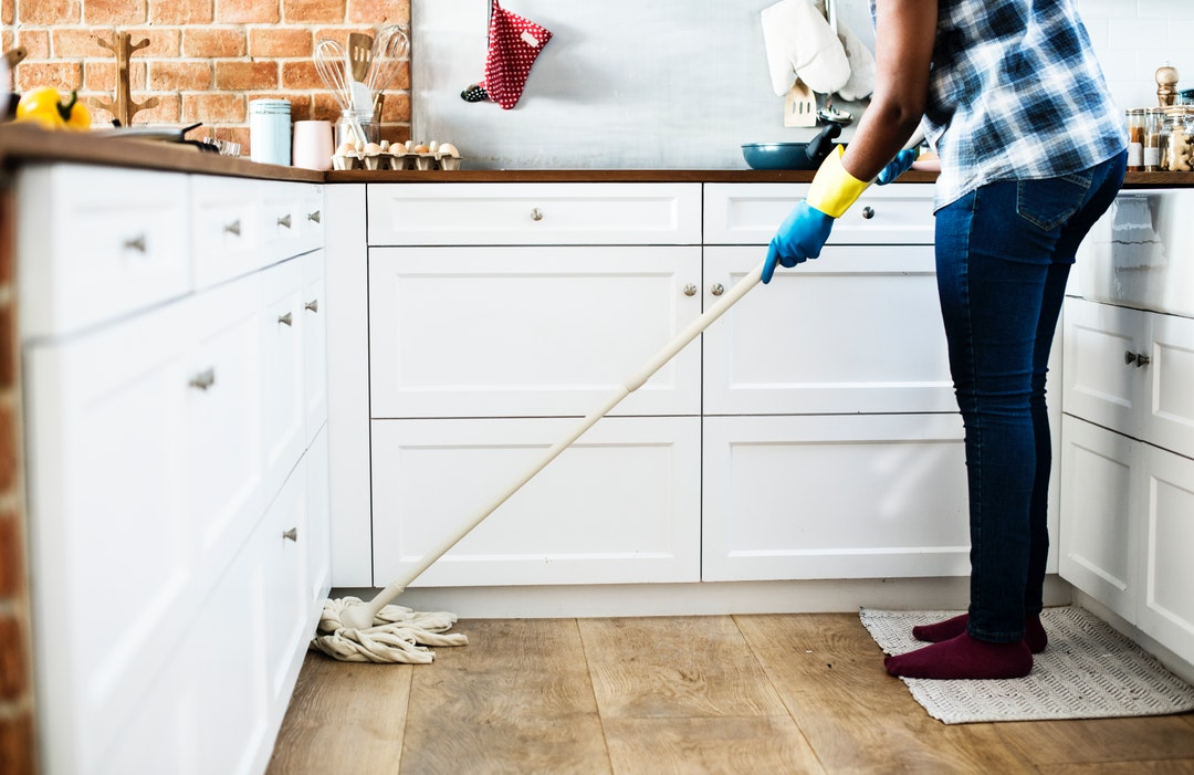 Cleaning With Meaning: The Top Health Benefits of a Clean Home